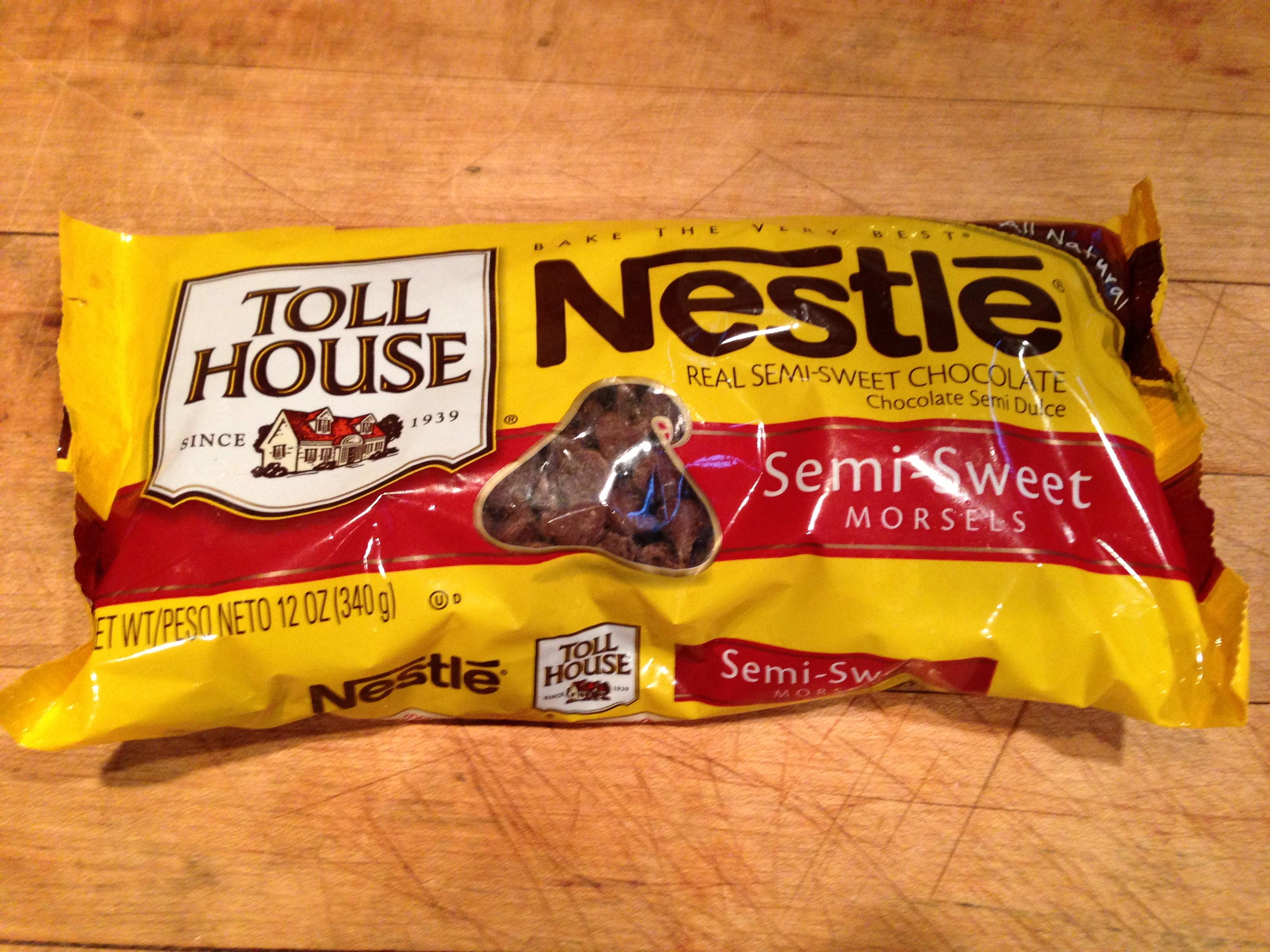 Nestles Chocolate Chips - Pumpkin Chocolate Chip Cookies